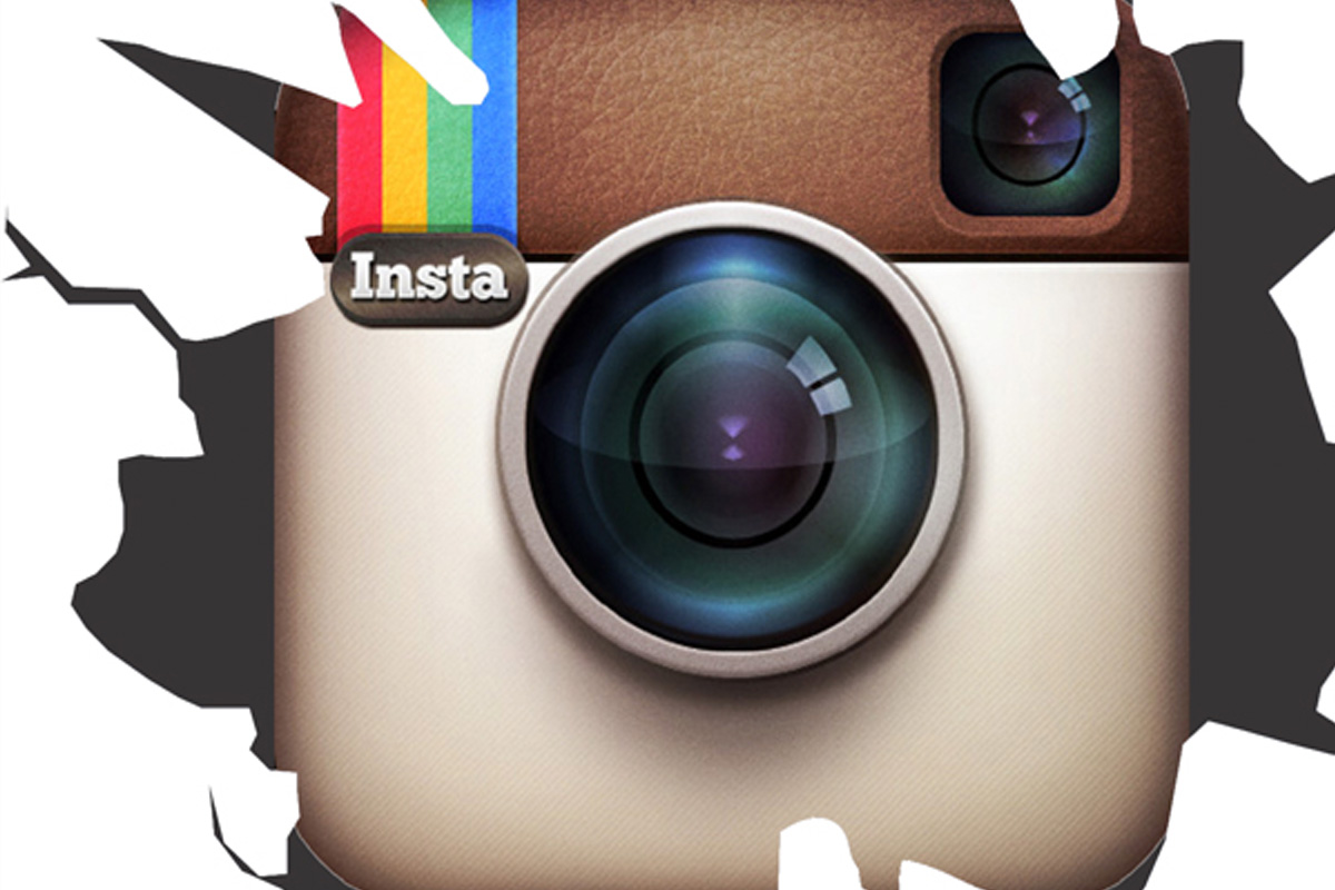 Instagram's New Carousel Ads Give Storytellers The Connection They've Been Looking For